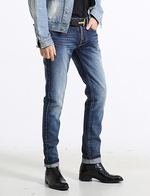 T. SELVAGE BLUE WASHING JEAN
